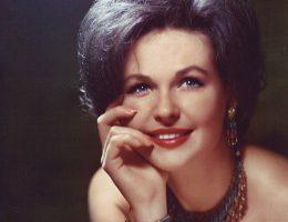 Российские знаменитости, которые отказались от материнства, посвятив себя карьере