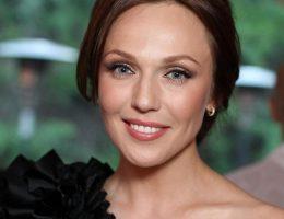 Альбина Джанабаева покинула продюсерский центр Константина Меладзе, назвав себя в нем лишней