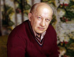 Евгений Евстигнеев: творческий путь и скандальная личная жизнь легендарного актера